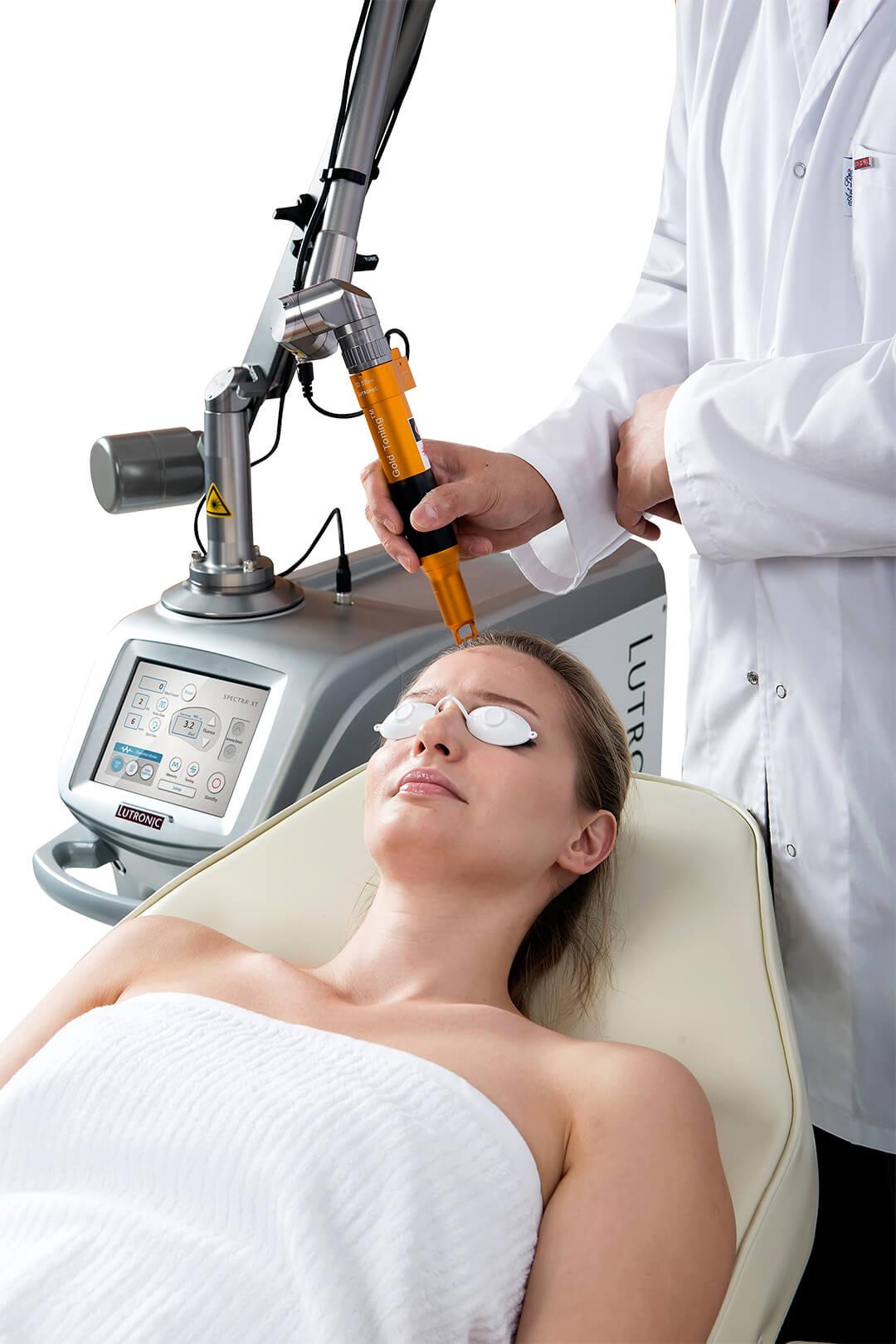 Tratament cu aparatul cu Laser ND:YAG SpectraXT